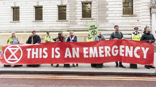 "3. Oktober 2019: Ableger der Bewegung ""Extinction Rebellion"" demonstrieren in London"