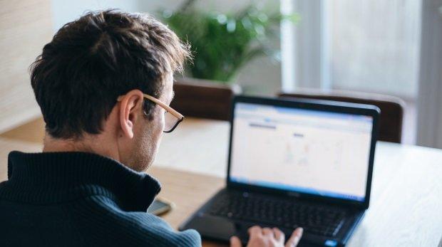 internet auf der arbeit minijob von zuhause berlin binäre optionen ultrax