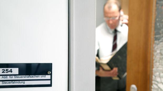 Nach Urteilsaufhebung durch den BGH: Ex-Geheimagent Mauss erneut vor Gericht