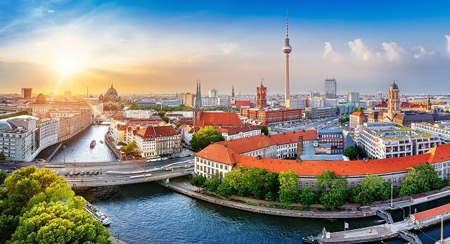 """Normenkontrolle gegen den Berliner Mietendeckel: """"Berlin verbietet, was der Bund erlaubt"""""""
