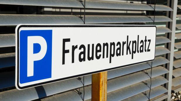 Frauenparkplatz Diskriminierung